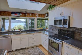 "Photo 10: 290 ESPLANADE Lane: Keats Island House for sale in ""Eastbourne Estates"" (Sunshine Coast)  : MLS®# R2554226"