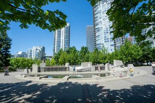 """Photo 3: 1907 1495 RICHARDS Street in Vancouver: Yaletown Condo for sale in """"Azzura Two"""" (Vancouver West)  : MLS®# R2580924"""
