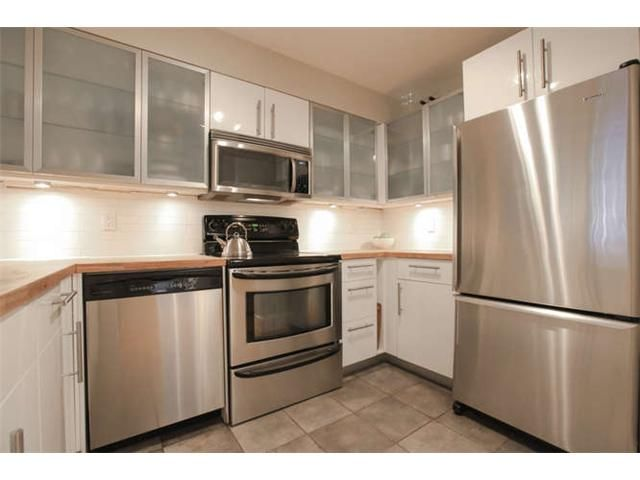 Photo 8: Photos: 103 925 W 15TH Avenue in Vancouver: Fairview VW Condo  (Vancouver West)  : MLS®# V1112385