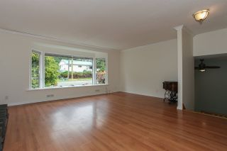 Photo 2: 32886 1ST AVENUE in Mission: Mission BC House for sale : MLS®# R2073993