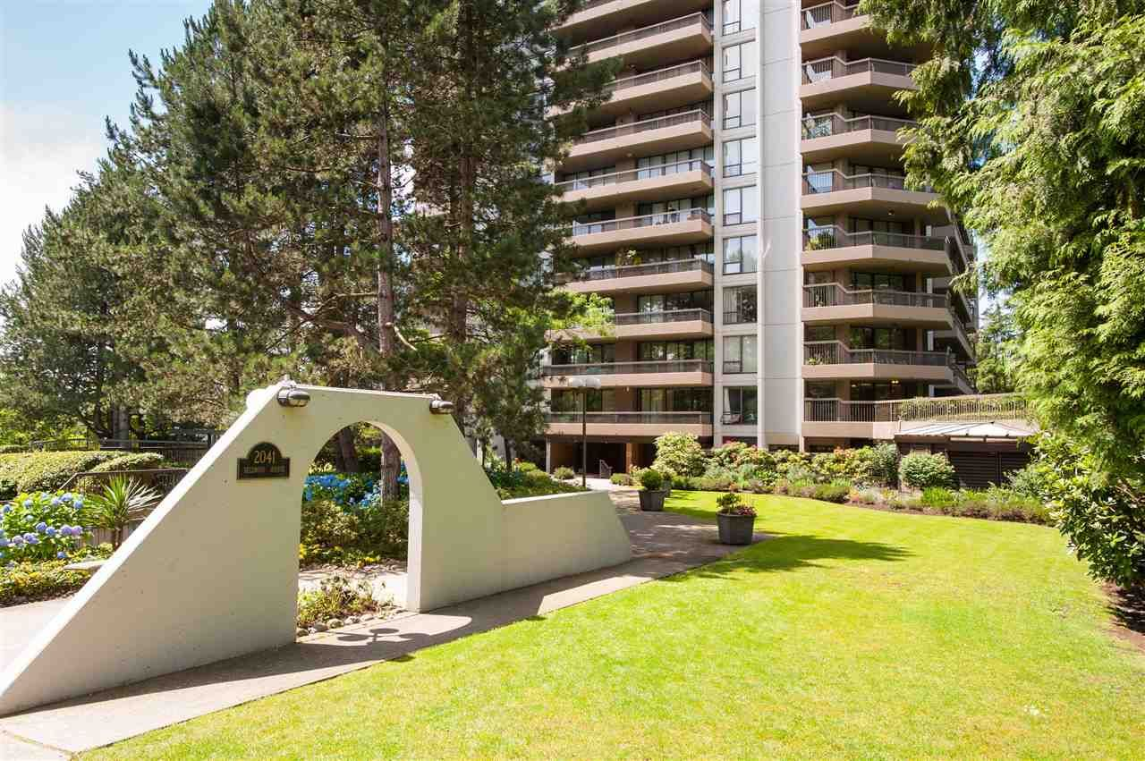 """Main Photo: 204 2041 BELLWOOD Avenue in Burnaby: Brentwood Park Condo for sale in """"ANOLA PLACE"""" (Burnaby North)  : MLS®# R2079946"""