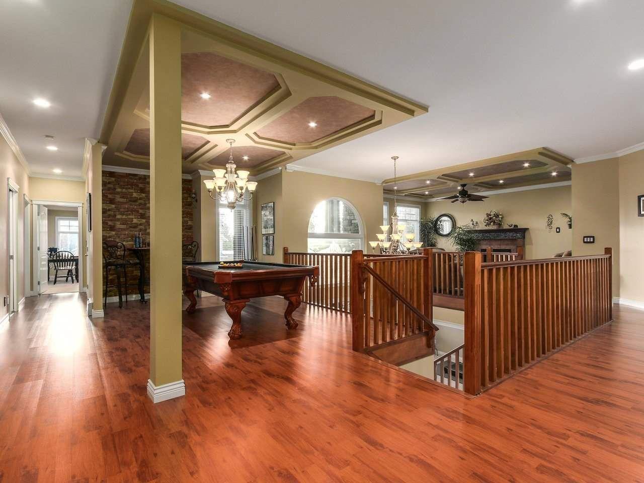 Photo 5: Photos: 725 REGAN Avenue in Coquitlam: Coquitlam West House for sale : MLS®# R2226266