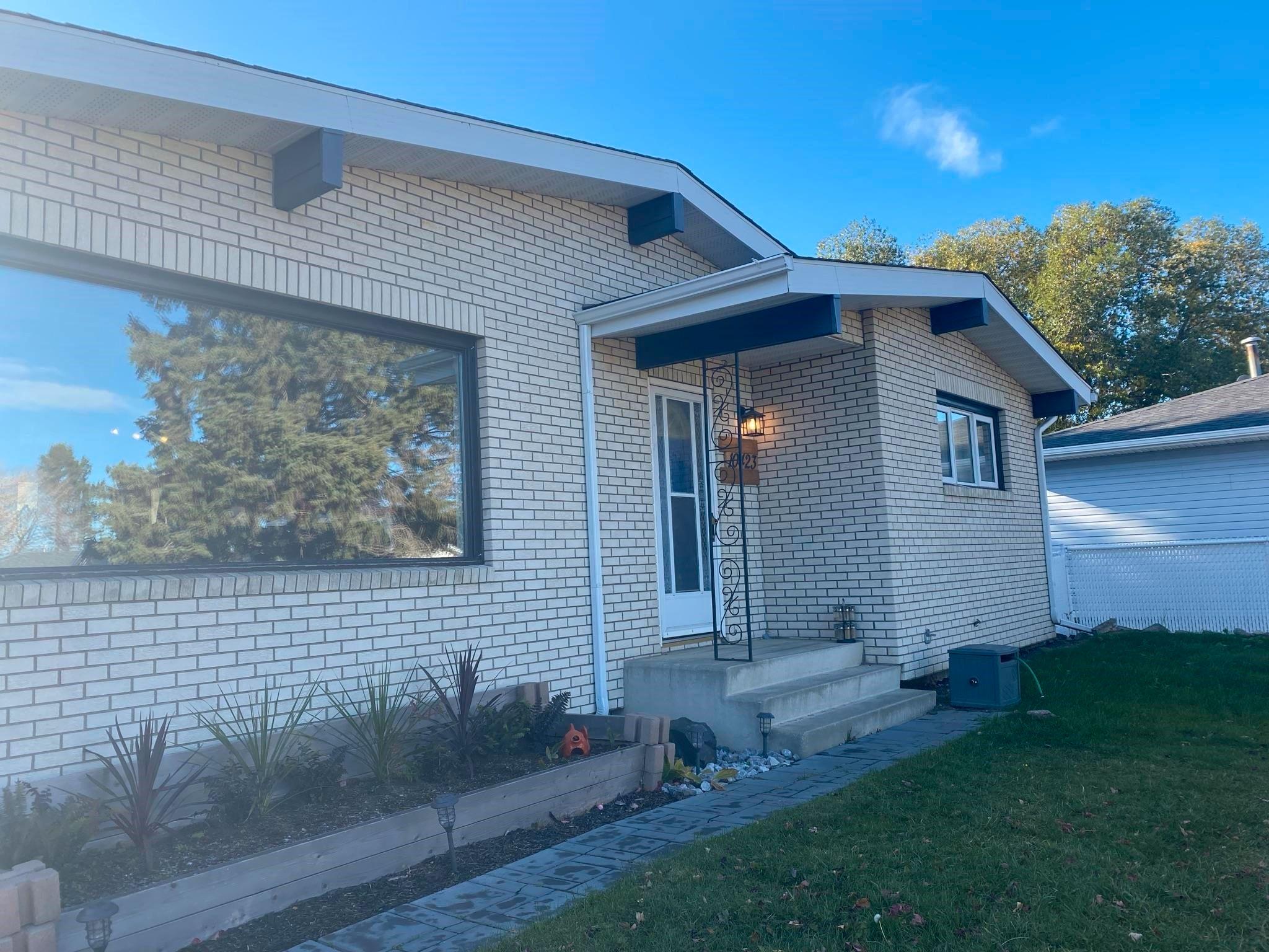 Main Photo: 10423 35A Avenue in Edmonton: Zone 16 House for sale : MLS®# E4266240