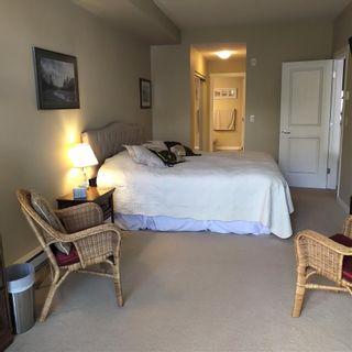 Photo 13: 304 15299 17A AVENUE in Surrey: King George Corridor Condo for sale (South Surrey White Rock)  : MLS®# R2576776