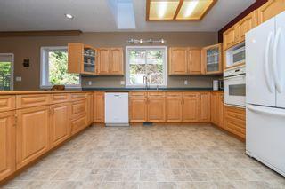Photo 7: 1025 Vega Rd in : CV Comox Peninsula House for sale (Comox Valley)  : MLS®# 882416