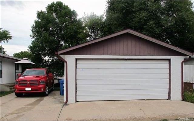 Photo 3: Photos:  in Winnipeg: East Kildonan Residential for sale (3E)  : MLS®# 1721329