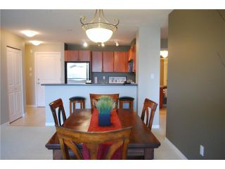 """Photo 4: 313 7089 MONT ROYAL Square in Vancouver: Champlain Heights Condo for sale in """"CHAMPLAIN VILLAGE"""" (Vancouver East)  : MLS®# V838473"""