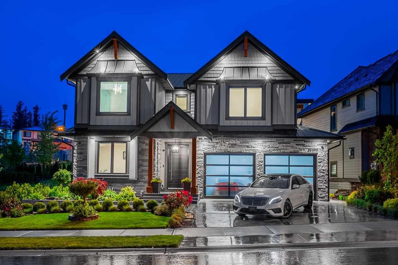 """Main Photo: 35399 EAGLE SUMMIT Drive in Abbotsford: Abbotsford East House for sale in """"The Summit at Eagle Mountain"""" : MLS®# R2582730"""