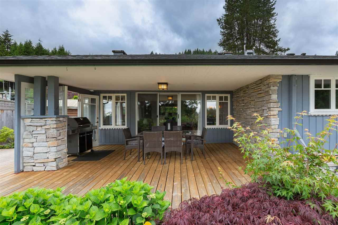 Photo 12: Photos: 80 GLENMORE Drive in West Vancouver: Glenmore House for sale : MLS®# R2468139