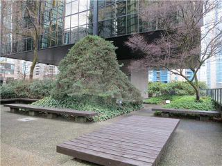Photo 10: 709 1333 W GEORGIA Street in Vancouver: Coal Harbour Condo for sale (Vancouver West)  : MLS®# V992880