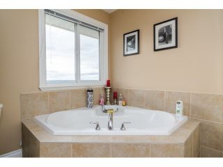 Photo 11: 35524 ALLISON Court in Abbotsford: Abbotsford East House for sale : MLS®# F1431752