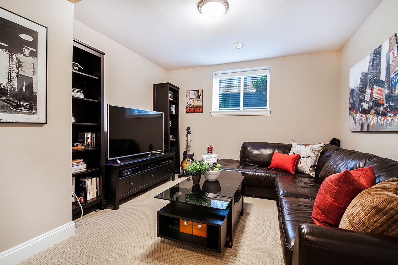 """Photo 25: Photos: 2907 152A Street in Surrey: King George Corridor House for sale in """"SOUTHPOINT ESTATES"""" (South Surrey White Rock)  : MLS®# R2278623"""