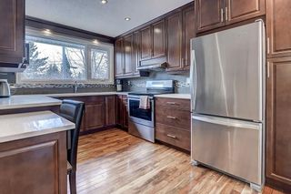 Photo 4: 3411 62 Avenue SW in Calgary: Lakeview Detached for sale : MLS®# C4279006