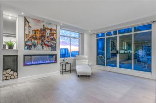 Photo 2: 404 130 E 2ND Street in North Vancouver: Lower Lonsdale Condo for sale : MLS®# R2423141