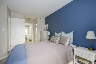 "Photo 14: 703 819 HAMILTON Street in Vancouver: Yaletown Condo for sale in ""THE 819"" (Vancouver West)  : MLS®# R2542171"