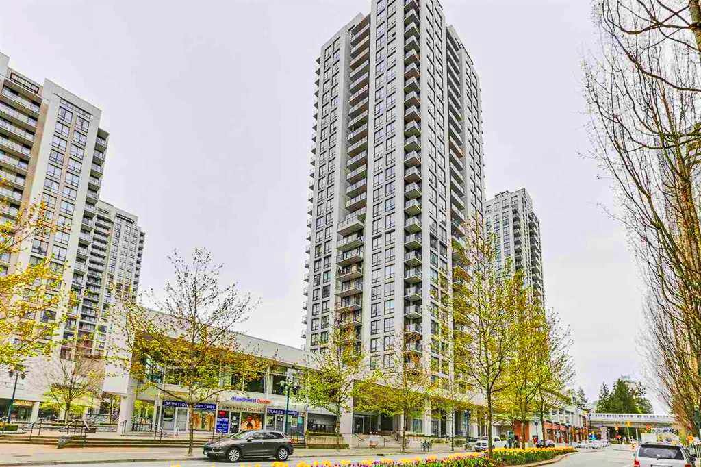"""Main Photo: 504 2978 GLEN Drive in Coquitlam: North Coquitlam Condo for sale in """"GRAND CENTRAL ONE"""" : MLS®# R2516760"""