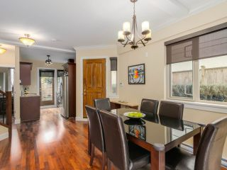 Photo 5: 9 215 E 4TH STREET in North Vancouver: Lower Lonsdale Townhouse for sale : MLS®# R2042517