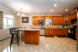 Photo 10: 27973 TRESTLE Avenue in Abbotsford: Aberdeen House for sale : MLS®# R2587115