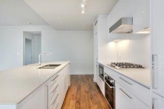 Photo 11: 4006 10360 102 Street in Edmonton: Zone 12 Condo for sale : MLS®# E4261953
