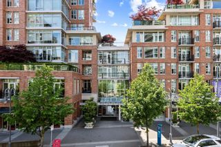 Photo 1: N701 737 Humboldt St in : Vi Downtown Condo for sale (Victoria)  : MLS®# 884992