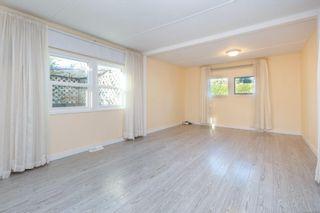 Photo 4: 91 2911 Sooke Lake Rd in : La Langford Proper Manufactured Home for sale (Langford)  : MLS®# 861626
