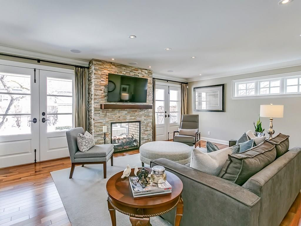 Photo 6: Photos: 569 WOODLAND Avenue in Burlington: Residential for sale : MLS®# H4047496
