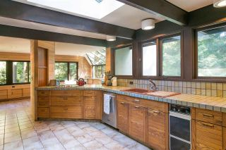 Photo 10: 591 SHANNON Crescent in North Vancouver: Delbrook House for sale : MLS®# R2487515