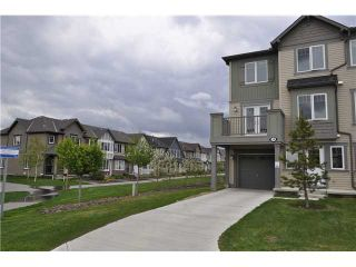 Photo 1: 36 WINDSTONE Green SW: Airdrie Townhouse for sale : MLS®# C3572091