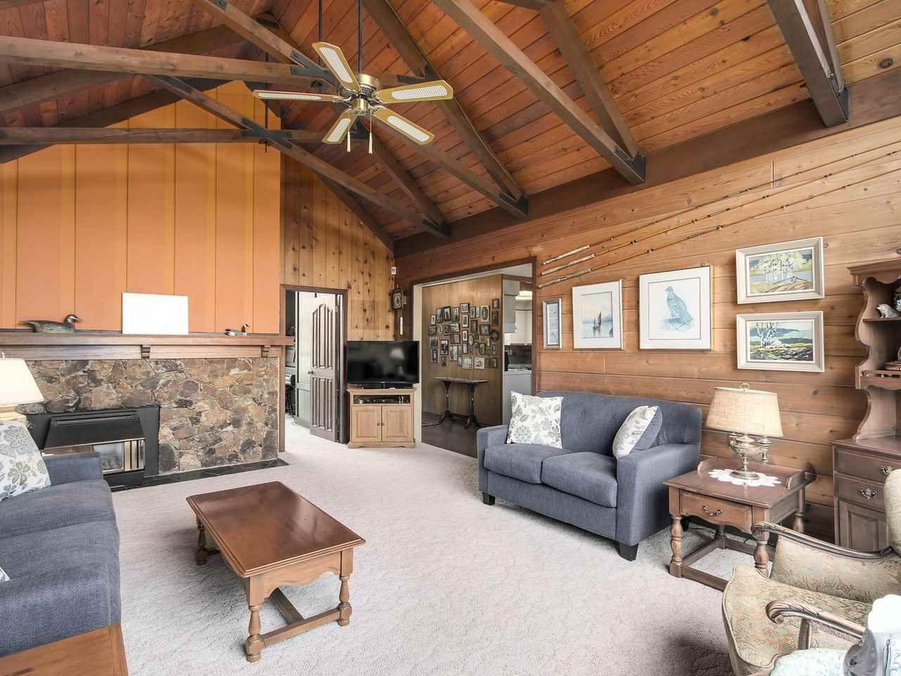 Photo 4: Photos: 1320 REGAN Avenue in Coquitlam: Central Coquitlam House for sale : MLS®# R2147096