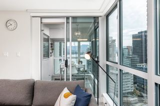 Photo 4: 2205 1238 MELVILLE Street in Vancouver: Coal Harbour Condo for sale (Vancouver West)  : MLS®# R2625071