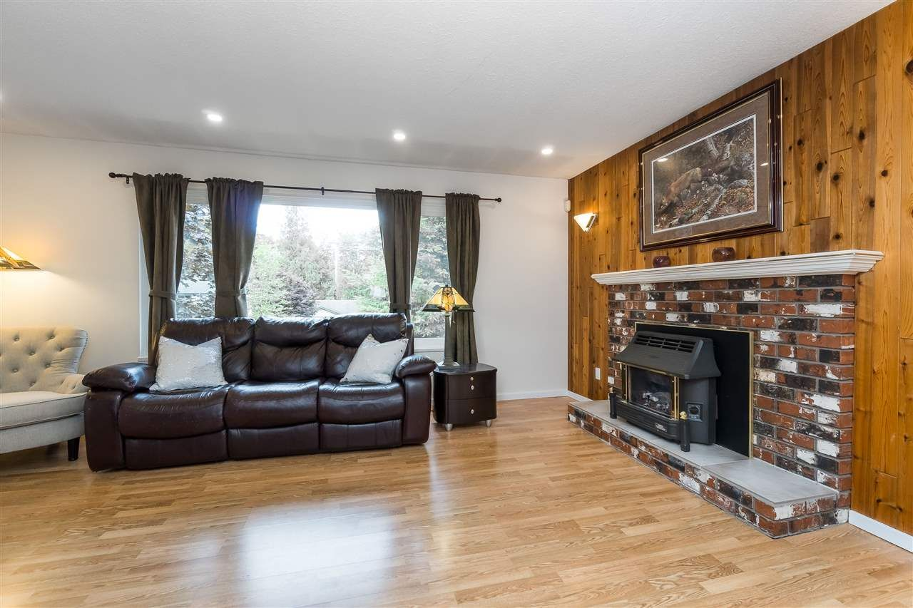 Photo 12: Photos: 3124 BABICH Street in Abbotsford: Central Abbotsford House for sale : MLS®# R2480951