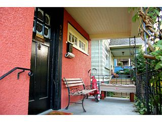 """Photo 7: 956 W 21ST Avenue in Vancouver: Cambie House for sale in """"CAMBIE VILLAGE"""" (Vancouver West)  : MLS®# V1033057"""