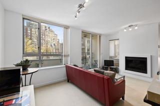 """Photo 3: 304 1225 RICHARDS Street in Vancouver: Downtown VW Condo for sale in """"The Eden"""" (Vancouver West)  : MLS®# R2567763"""