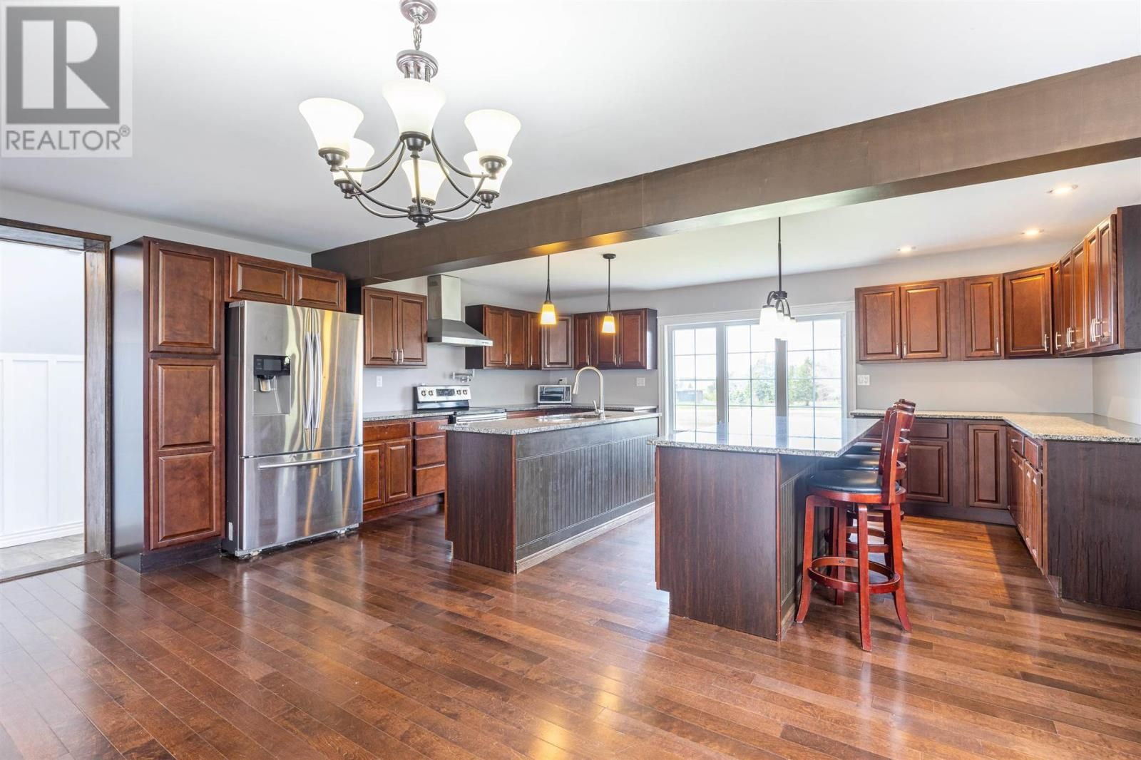Photo 9: Photos: 5 Cherry Lane in Stratford: House for sale : MLS®# 202119303
