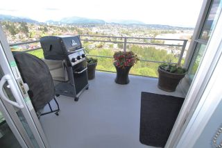 """Photo 12: 2011 271 FRANCIS Way in New Westminster: Fraserview NW Condo for sale in """"PARKSIDE AT VICTORIA HILL"""" : MLS®# R2164256"""