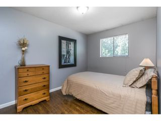Photo 7: 17342 62A Avenue in Surrey: Cloverdale BC House for sale (Cloverdale)  : MLS®# R2168686