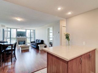 """Photo 6: 903 615 HAMILTON Street in New Westminster: Uptown NW Condo for sale in """"The Uptown"""" : MLS®# R2606520"""