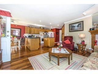 Photo 8: 9237 203B Street in Langley: Walnut Grove House for sale : MLS®# R2273639