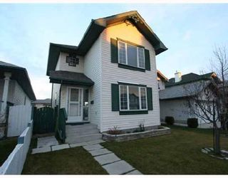 Photo 1: 28 COVERTON Close NE in CALGARY: Coventry Hills Residential Detached Single Family for sale (Calgary)  : MLS®# C3321253