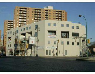 Photo 1: 520 PORTAGE Avenue in WINNIPEG: Central Winnipeg Condominium for sale : MLS®# 2807838