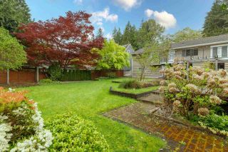 Photo 7: 1061 PROSPECT Avenue in North Vancouver: Canyon Heights NV House for sale : MLS®# R2620484