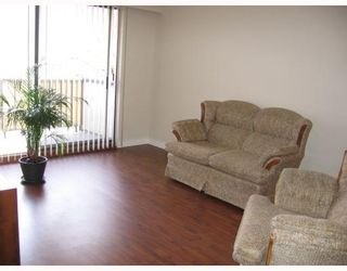 """Photo 3: 313 610 3RD Avenue in New_Westminster: Uptown NW Condo for sale in """"Jae Mar Court"""" (New Westminster)  : MLS®# V706916"""