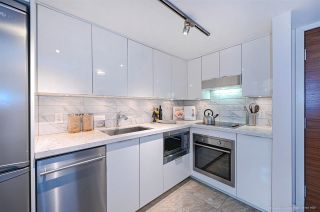 """Photo 9: 112 161 W GEORGIA Street in Vancouver: Downtown VW Townhouse for sale in """"COSMO"""" (Vancouver West)  : MLS®# R2575699"""