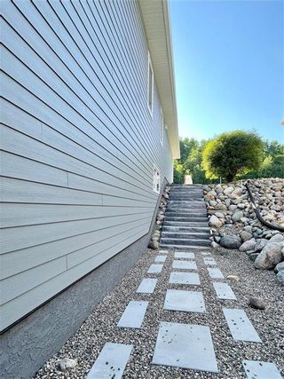 Photo 32: 346 3RD Street Northeast in Minnedosa: Residential for sale (R36 - Beautiful Plains)  : MLS®# 202116470