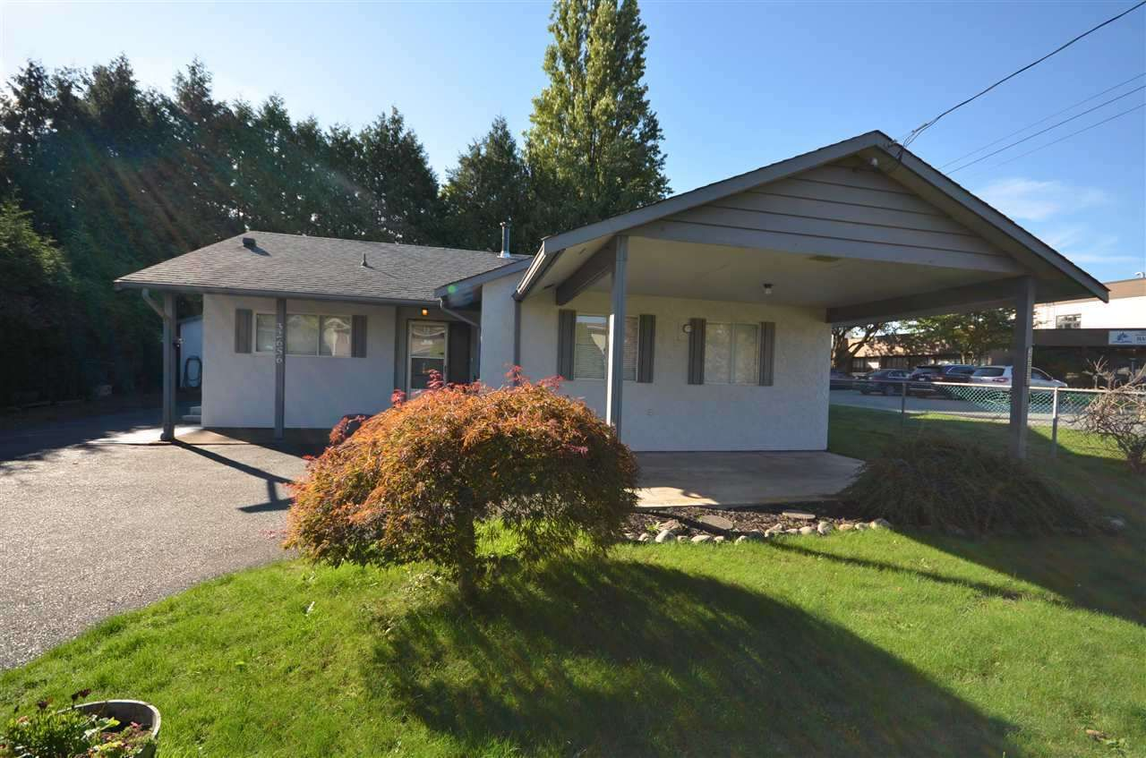 Main Photo: 32656 MARSHALL Road in Abbotsford: Abbotsford West House for sale : MLS®# R2317206