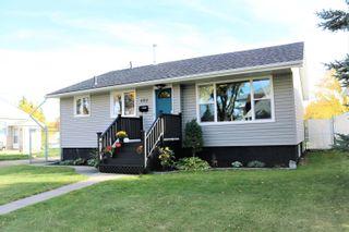 Photo 1: 4912 54 Avenue: Stony Plain House for sale : MLS®# E4264278