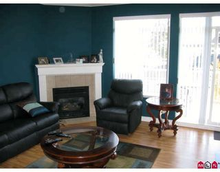 """Photo 2: 51 15060 66A Avenue in Surrey: East Newton Townhouse for sale in """"COTTAGES AT HARVEST LANE"""" : MLS®# F2908990"""