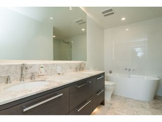 """Photo 12: 403 1501 VIDAL Street: White Rock Condo for sale in """"THE BEVERLY"""" (South Surrey White Rock)  : MLS®# R2372385"""