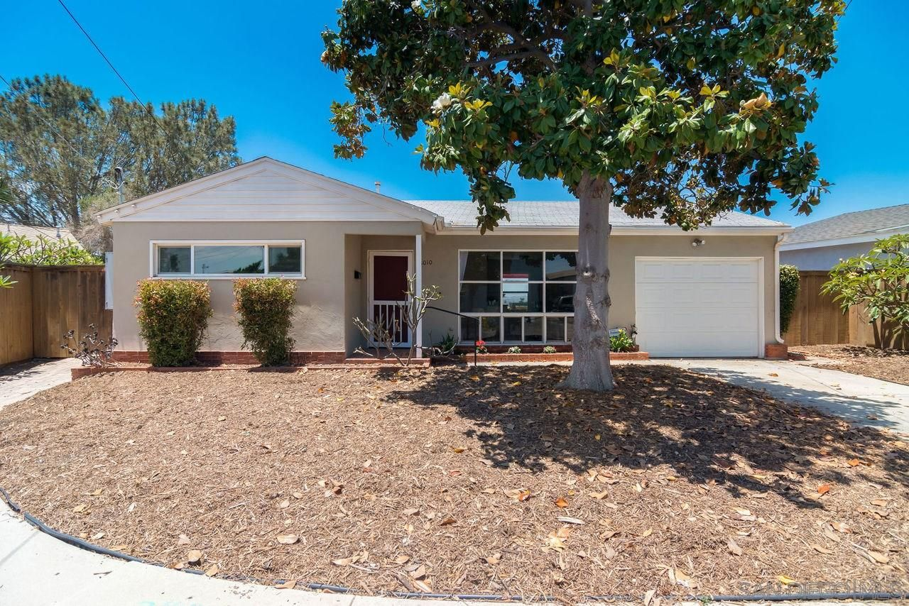 Main Photo: BAY PARK House for sale : 2 bedrooms : 3010 Iroquois Way in San Diego