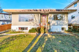 "Photo 1: 4011 GRANT Street in Burnaby: Willingdon Heights House for sale in ""Burnaby Heights"" (Burnaby North)  : MLS®# R2422637"